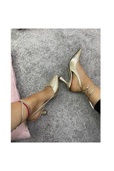 Altın Renk Kadın Klasik Topuklu Ayakkabı