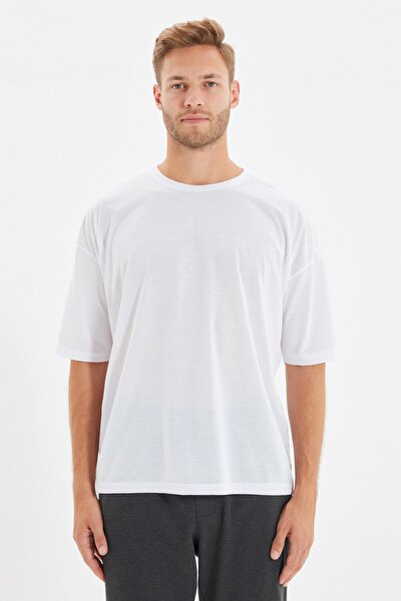 Beyaz Basic Erkek Bisiklet Yaka Oversize Kısa Kollu T-Shirt TMNSS21TS0811