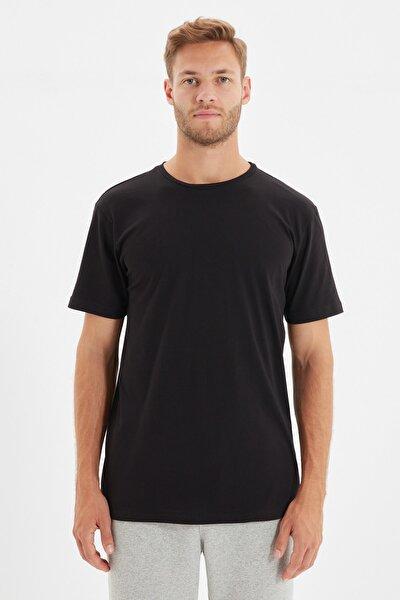 Siyah Basic Erkek Regular Fit Bisiklet Yaka Kısa Kollu T-Shirt TMNSS21TS0808