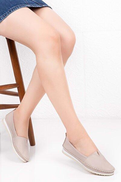 Kadın Bej Hakiki Deri Anatomik Taban Günlük Ayakkabı 40 Grs.20