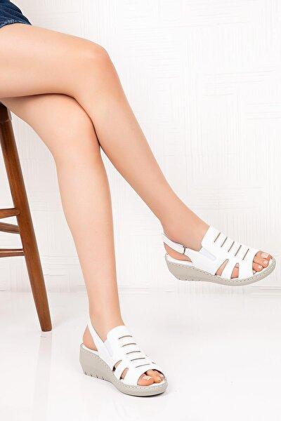 Kadın Beyaz Hakiki Deri Dolgu Topuk  Sandalet