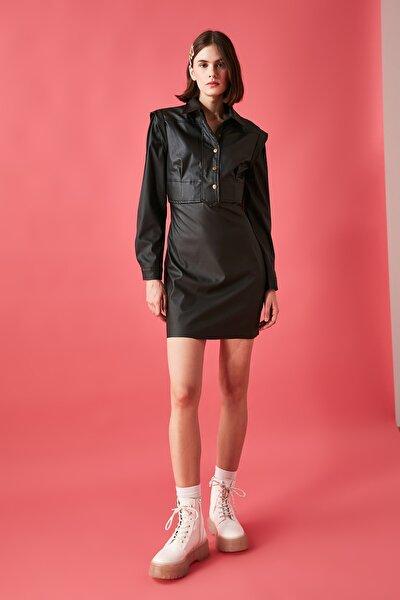 Siyah Deri Görünümlü Elbise TWOAW20EL2136