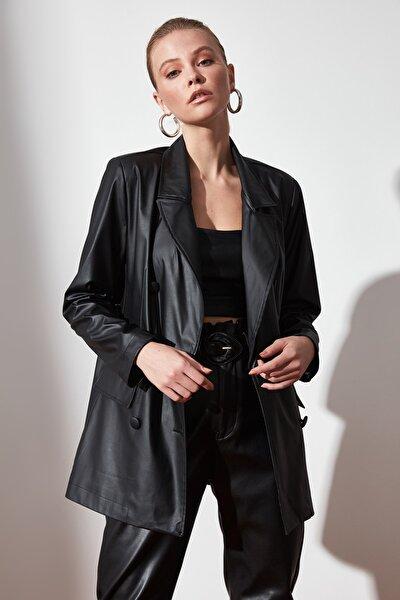 Siyah Cep Detaylı Suni Deri Blazer Ceket TWOAW21CE0156
