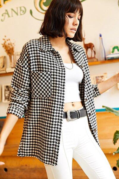 Kadın Siyah-Beyaz Tek Cepli Kaz Ayağı Kaşe Gömlek GML-19000721
