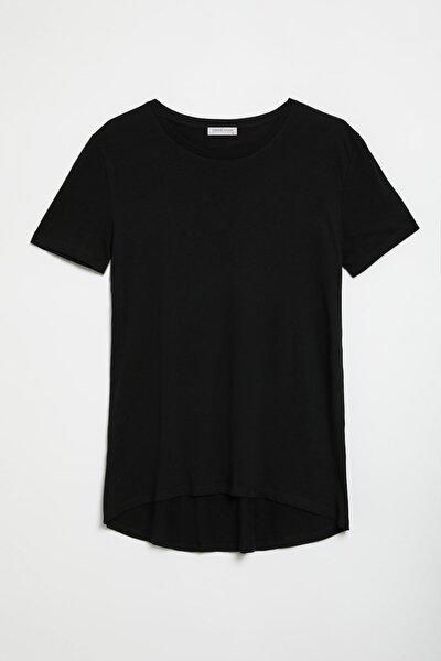SAMANTHA Kadın Siyah Comfort Fit Arkası Uzun T-Shirt