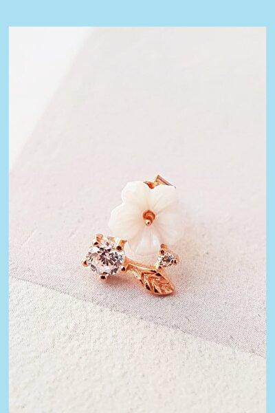 Tekli Ithal Manolya Flower Gümüş Küpe