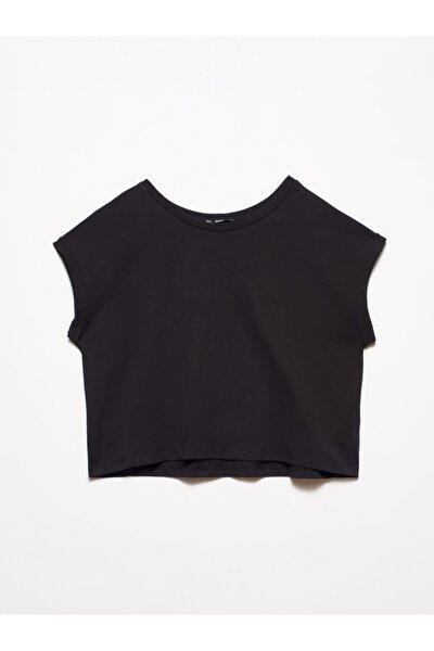 Kadın Siyah Geniş Kol Kısa T-Shirt