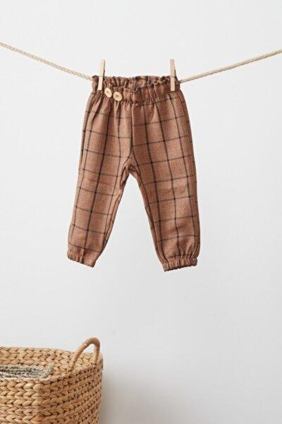 Unisex Bebek Camel Rengi Önden Ahşap Düğme Detaylı Pantolon