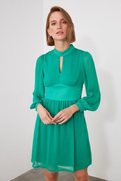 Yeşil Dik Yaka Elbise TWOAW21EL1514