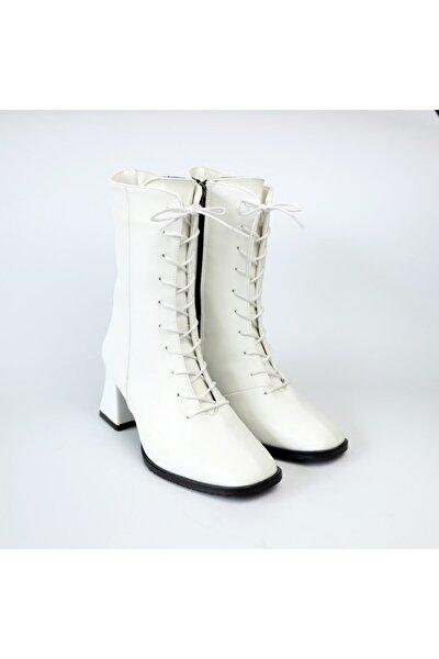Eris Bağcık Detaylı Beyaz Kadın Bot