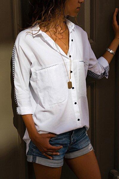 Kadın Beyaz Çift Cepli Oversize Yarasa Kol Pamuk Gömlek Mryg01001