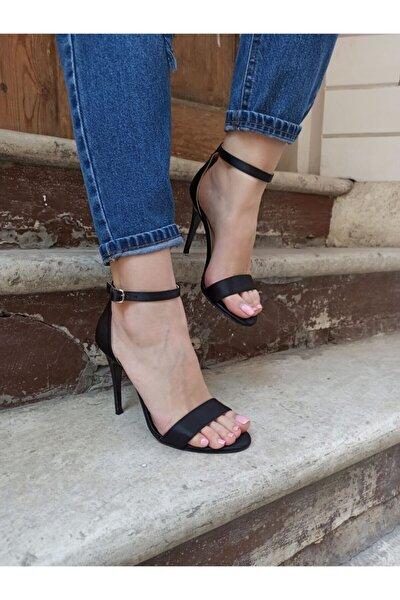 Kadın Siyah Saten Ince Topuk Tek Bant Topuklu Ayakkabı