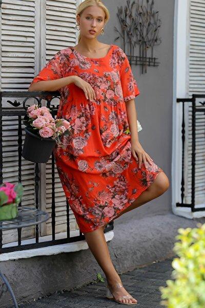 Kadın Kırmızı İtalyan Sıfır Yaka Gül Desenli Beli Büzgülü Astarlı Kısa Kol Elbise M10160000EL94314