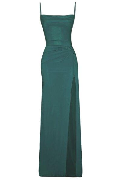 Zümrüt Yeşili Derin Yırtmaçlı Drapeli Uzun Abiye Elbise