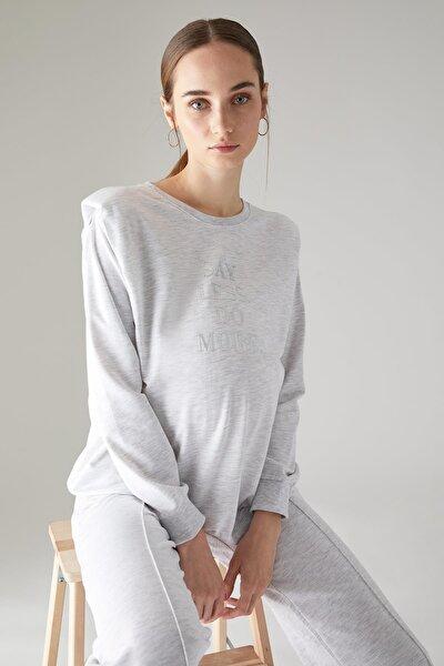 Kadın Hamile Slogan Baskılı Vatka Omuzlu Sweatshirt U5052AZ21SP