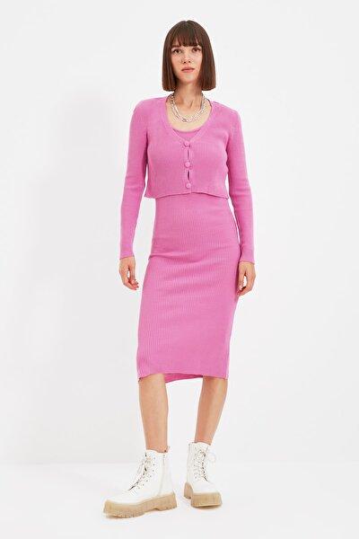 Pembe Düğme Detaylı Hırka Elbise Triko Takım TWOSS21EL0208