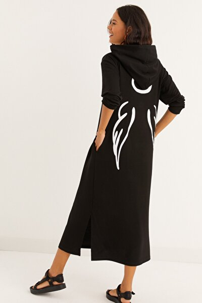 Kadın Siyah Sırt Baskılı Kapüşonlu Maxi Sweat Elbise BK1251