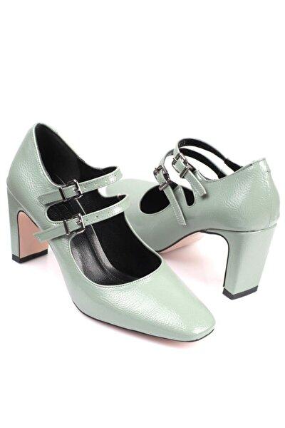 Capone Küt Burunlu Tokalı Şık Ayakkabı
