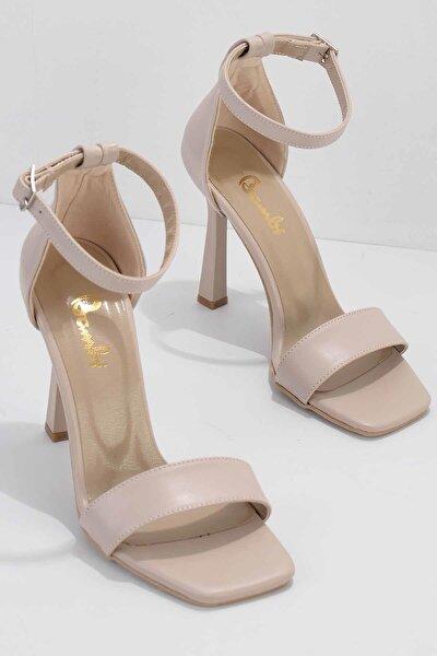 Nude Kadın Klasik Topuklu Ayakkabı K01894630809