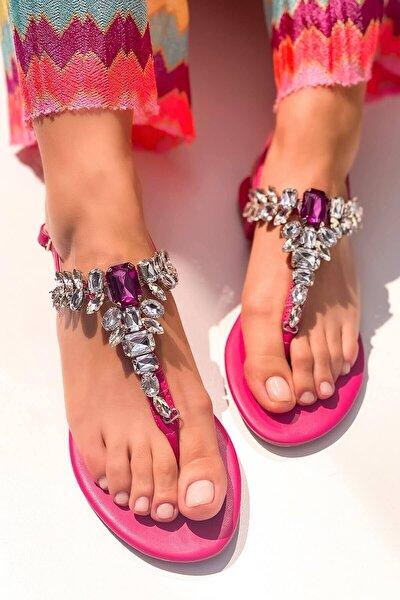 Kadın Fuşya Taşlı Parmak Arası Sandalet