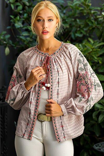Kadın Vizon Retro Dev Gül Kanaviçe Kol Nakışlı Ponpon Detaylı Püsküllü Dokuma Ceket M10210100CE98969