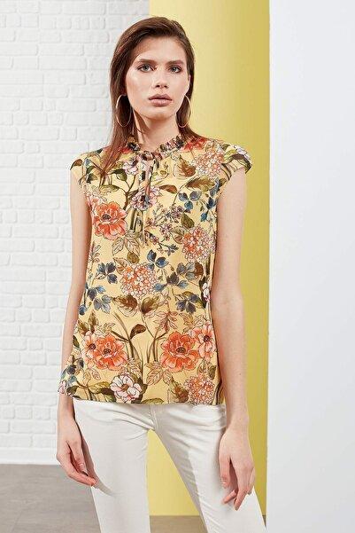 Kadın Çiçekli Sarı Bluz