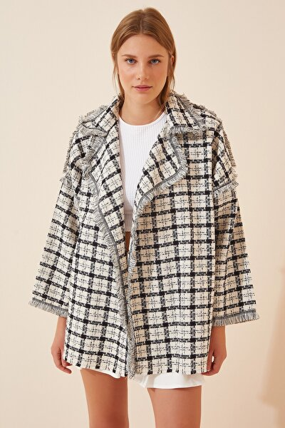 Kadın Siyah Beyaz Kareli Oversize Mevsimlik Kaşe Ceket JH00030