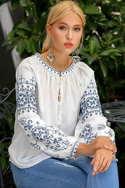 Kadın Beyaz Selanik Kanaviçe Nakışlı Balon Kol Püskül Bağlamalı Dokuma Bluz M10010200BL94901