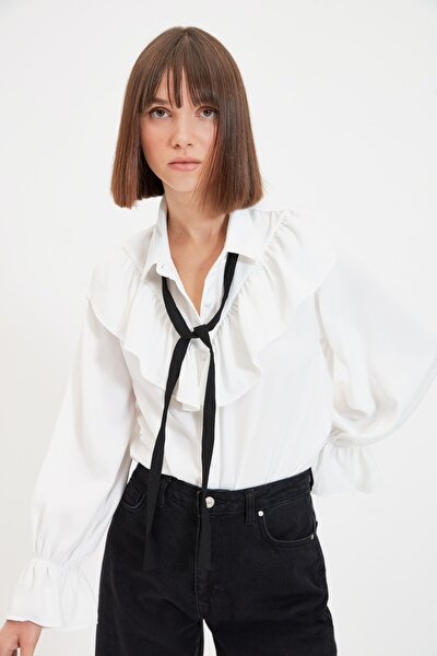 Beyaz Bağlama Detaylı Bluz TWOAW21BZ0653
