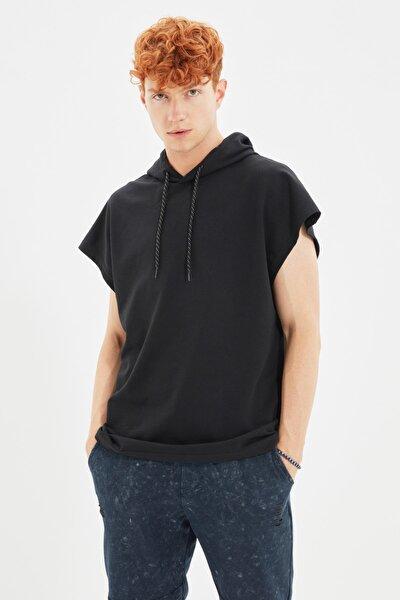 Siyah Erkek Kapüşonlu Oversize Kısa Kollu Sweatshirt TMNSS20SW0148