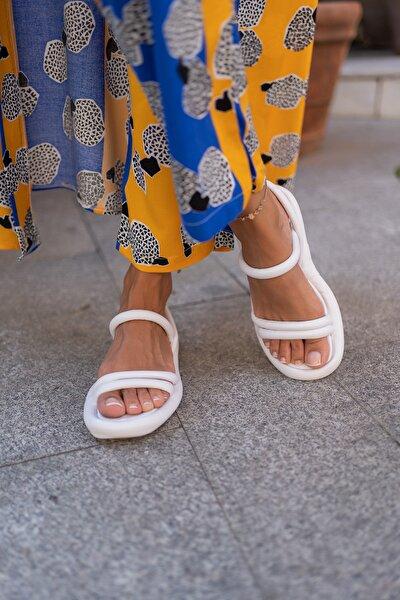 Beyaz Kadın Puf Sandalet