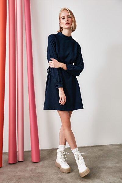 Indigo Bağlama Detaylı Kadife Elbise TWOAW21EL1823