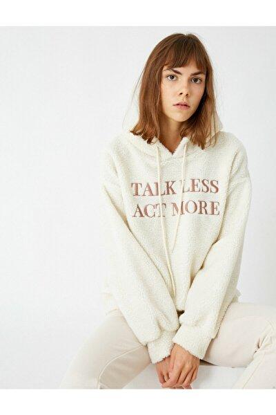 Kadın Beyaz Kapüşonlu Yazılı Baskılı Peluş Sweatshirt