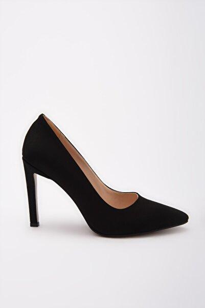 Siyah Kadın Klasik Topuklu Ayakkabı 01AYY192230A100