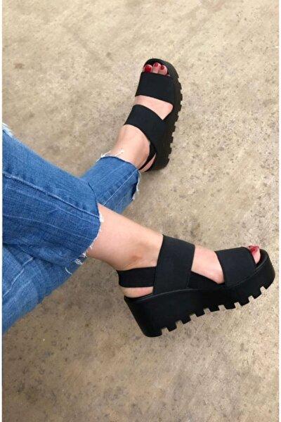Kadın Siyah Samba Kalın Taban Lastik Sandalet