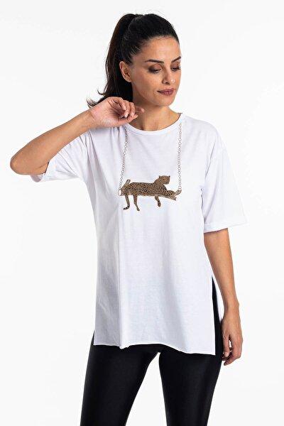 Kadın Beyaz Yırtmaçlı Salaş T-shirt