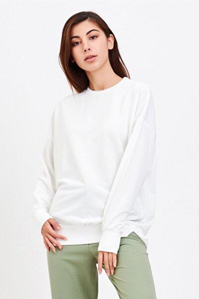 Kadın Ekru Basic Salaş Sweatshirt