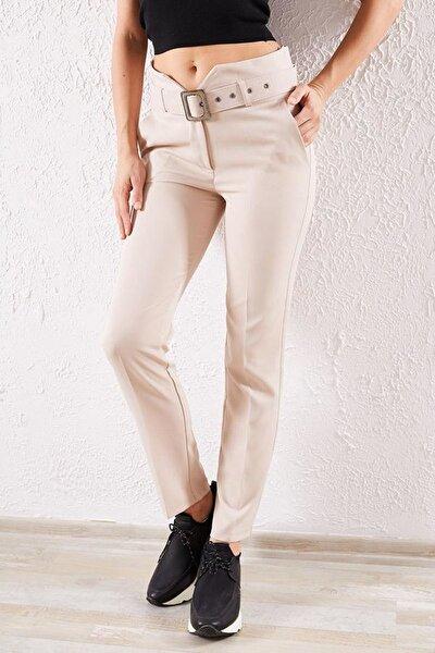 Kadın Bej Kemerli Klasik Pantolon