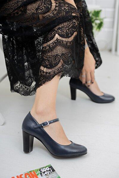 Kadın Lacivert Hakiki Deri Ayakkabı