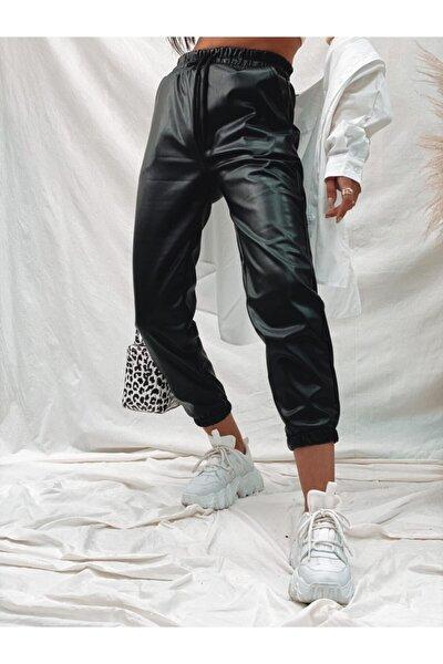 Kadın Siyah Bel ve Paça Lastikli Deri Pantolon