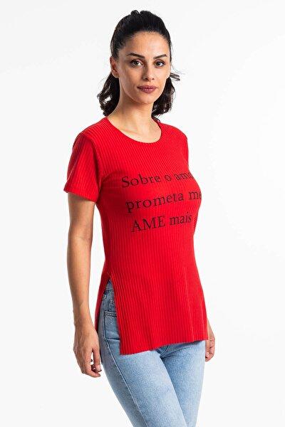 Kadın Kırmızı Yırtmaçlı Kaşkorse T-shirt
