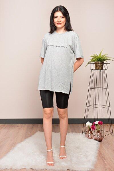 Kadın Gri Yırtmaçlı Salaş T-shirt
