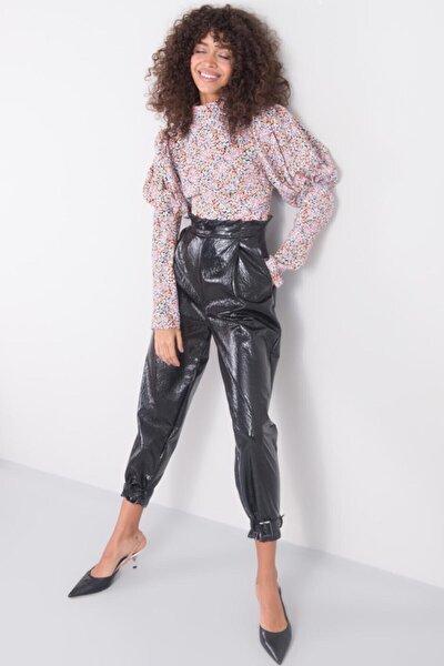 Kadın Siyah Pile Detaylı Suni Deri Pantolon
