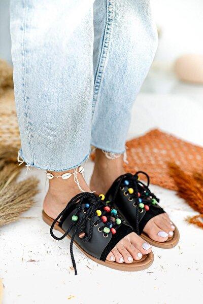 Kadın Siyah Hakiki Deri Boncuk Detaylı Bilekten Bağlamalı Sandalet