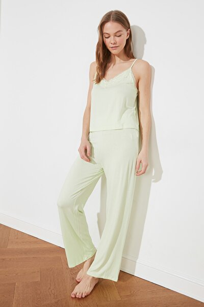 Açık Yeşil Dantelli Örme Pijama Takımı THMSS21PT0384