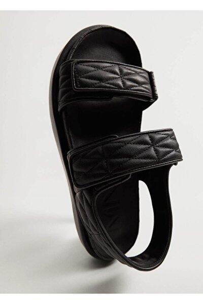 Kadın Siyah Kapitone Bantlı Sandalet