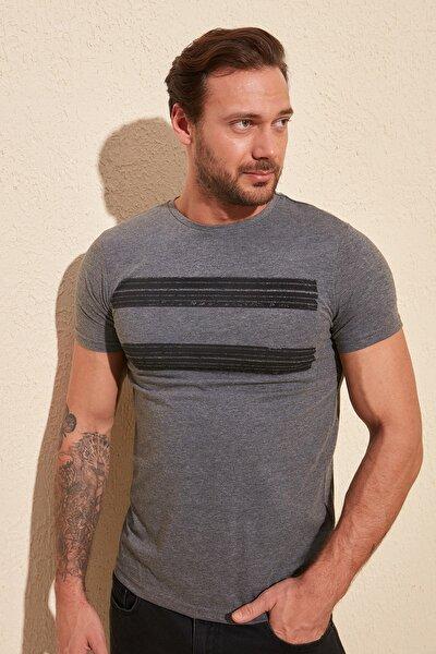 Antrasit Erkek Baskılı Slim Fit T-Shirt TMNSS20TS0092