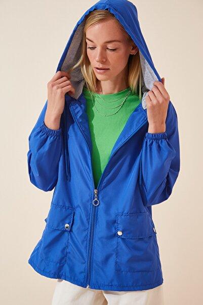Kadın Canlı Mavi Kapüşonlu Mevsimlik Rüzgarlık Ceket KY00002