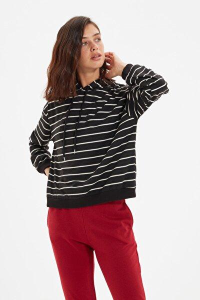 Siyah Çizgili Basic Örme İnce Sweatshirt TWOAW21SW0789