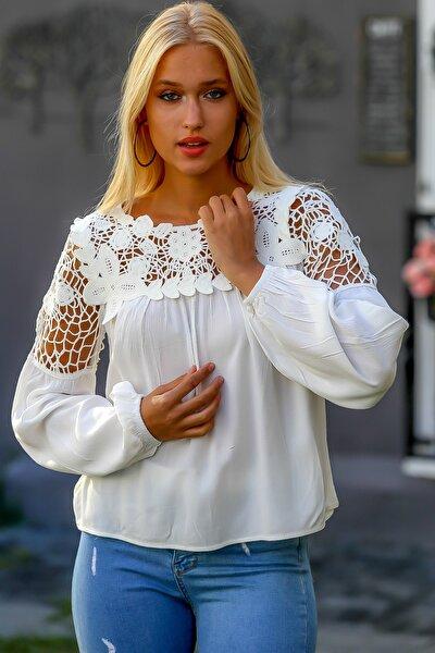 Kadın Ekru Vintage Roba Ve Omuzları Dantel Dokuma Bluz M10010200BL94892